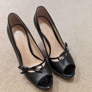 Enzo Angiolini Black Peep Toe Shoe Size 5